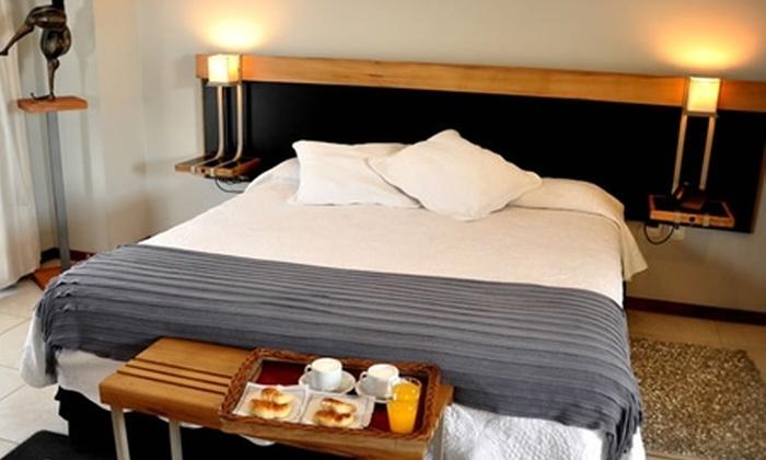 Tierra Mora Hotel Boutique & Apartments: Paga desde $48.747 por 2, 3 o 4 noches para dos en habitación estándar o ejecutiva + desayuno en Hotel Apart Boutique Tierra Mora, San Rafael, Mendoza