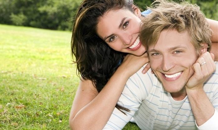 Clínica Dental Alexliz - Clínica Dental Alexliz: Paga desde $12.500 por cambio de tapadura gris a resina blanca en 1, 2 o 3 muelas con Clínica Dental Alexliz