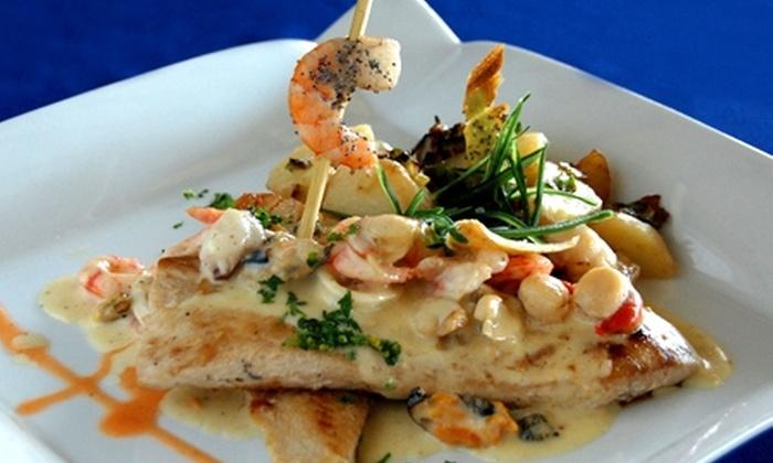 Restaurante Jackson - Restaurante Jackson: $18.900 en vez de $38.200 por almuerzo o cena para dos + 2 copas de vino en Restaurante Jackson del Sporting de Viña del Mar