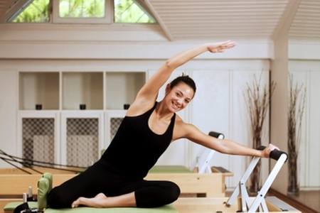 Blu Pilates: Paga desde $8.000 por 4 o 6 clases de Pilates con máquinas en Blu Pilates (hasta 75% off)