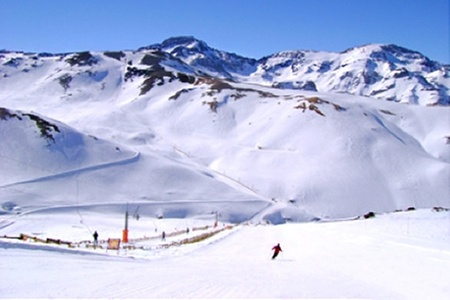Ruta Chile: $10.000 en vez de $20.000 por tour a Valle Nevado con Ruta Chile