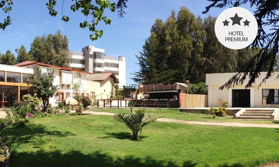 Mantagua Hotel & Village: Concón: 1, 2 o 4 noches para 2 + circuito hídrico + masaje en Mantagua Hotel & Village