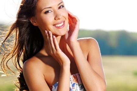 Clínica Odontológica Spe: $29.990 en vez de $261.870 por blanqueamiento led + limpieza dental + pulido coronario en Clínica Odontológica Spe (89% off)
