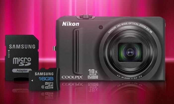 Groupon Shopping (cámara Nikon): Paga $164.990 por cámara digital Nikon S9100 + micro SD de 16 GB con despacho