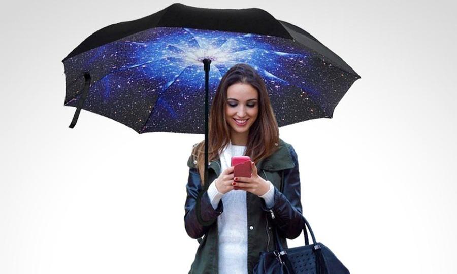 Sofisticados: Paraguas reversible invertido en diseño a elección. Incluye envío