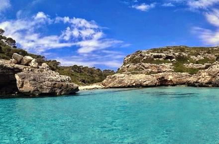 Excursión de exploración en barco en Es Marmols, en Mallorca