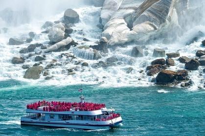 Niagara Wine, Falls + Historic Sightseeing - Premium SUV Private-Safe Tour