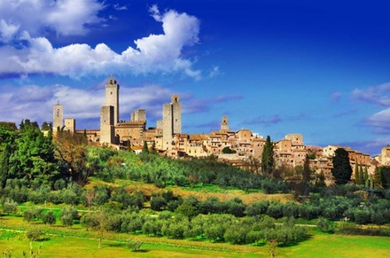 Gita giornaliera per piccoli gruppi a Siena e San Gimignano da Pisa... a 134euro