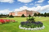 Hampton Court Palace & Garden Maze, Private Tour Including Fast Tra...