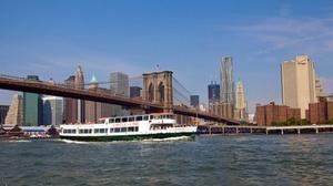 Pier 83: Circle Line Sightseeing Hello Brooklyn Cruise