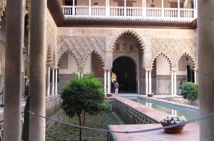 Lo más destacado de Sevilla: Tour guiado privado para una familia Oferta en Groupon