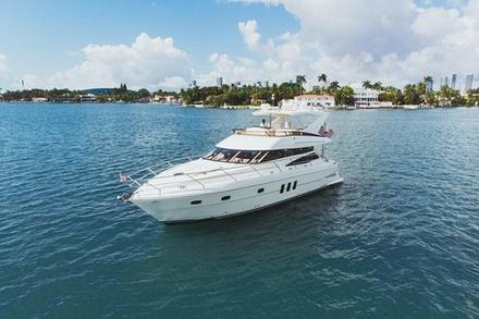 4 Hr Yacht Charter in Miami - 58 Neptunus Flybridge with Capt & Crew - You+12