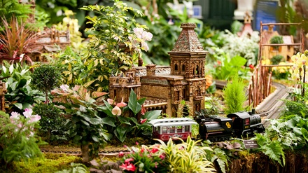 New York Botanical Garden 39 S New York Botanical Garden 39 S Holiday Train Show Groupon