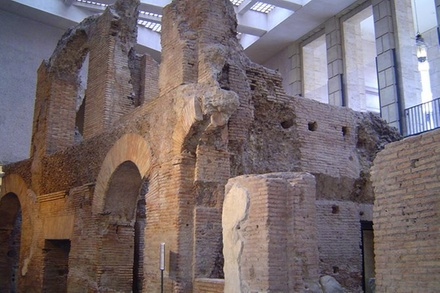 Promozione Esperienze Groupon.it Roma sotterranea: tour per piccoli gruppi sotto le strade