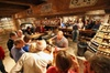 Tennessee Mountain Tours - Knoxville: Day Tour: Moonshine and Wine Tasting from Gatlinburg