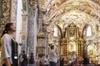Entrada a la iglesia San Nicolás de Bari