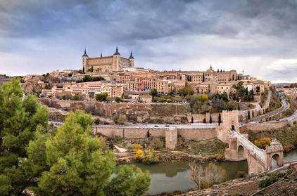 Excursión privada de un día a Toledo y Segovia desde Madrid