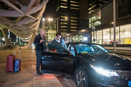 Toronto Pearson Airport arrival transfer (Airport to any Hotel or Address)