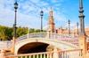 Experiencia con 2 noches en Sevilla, recorrido por la ciudad y espe...