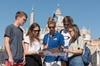 Tour a piedi saltafila dei Musei Vaticani con guida di lingua spagn...