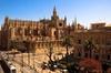 Entrada Evite las colas a la Catedral de Sevilla y La Giralda