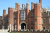 Hampton Court Palace - fascinating private walking tour with a qual...