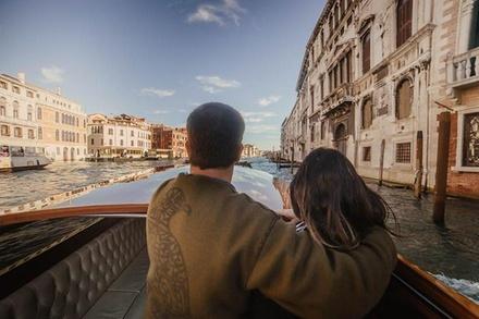 Deal Esperienze Groupon.it Tour privato del Canal Grande in barca, Murano e Burano