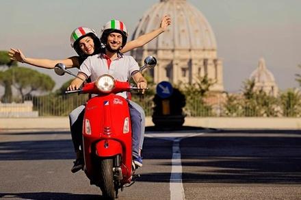 Promozione Esperienze Groupon.it Tour panoramico di Roma in Vespa