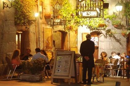Recorrido nocturno guiado privado de 4 horas de Madrid Oferta en Groupon