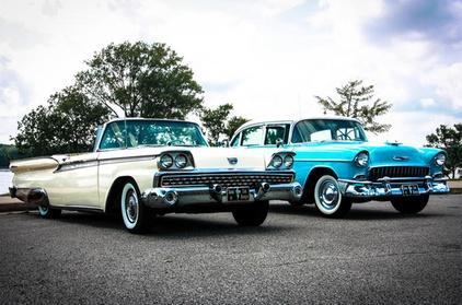 Private Memphis 101 City Tour in Vintage Car a180c0fa-366a-49e1-b222-520b4fe8adee