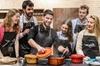 Cena gourmet, cocina de tapas españolas con amigos y sangría para g...