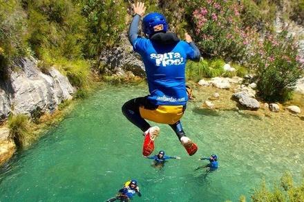Visita guiada: Barranquismo en Granada y cañón de Río Verde