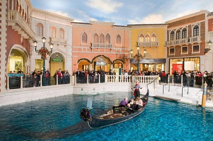 Shop and Dine Tour at Grand Canal Shoppes in Las Vegas fa7be3ec-a28d-4f8b-8189-a0d15a684f18