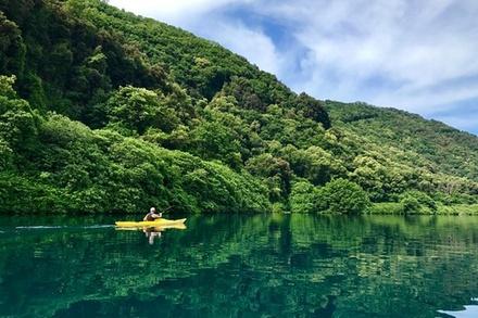 Tour del lago di Castel Gandolfo in kayak con nuotata