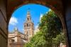 Visita guiada de la Catedral y los Reales Alcázares de Sevilla (Evi...