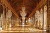 Visite du château de Versailles et de ses jardins au départ de Vers...