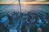 Catamarán al atardecer con Oceanbeat Ibiza con barra libre + entrad...