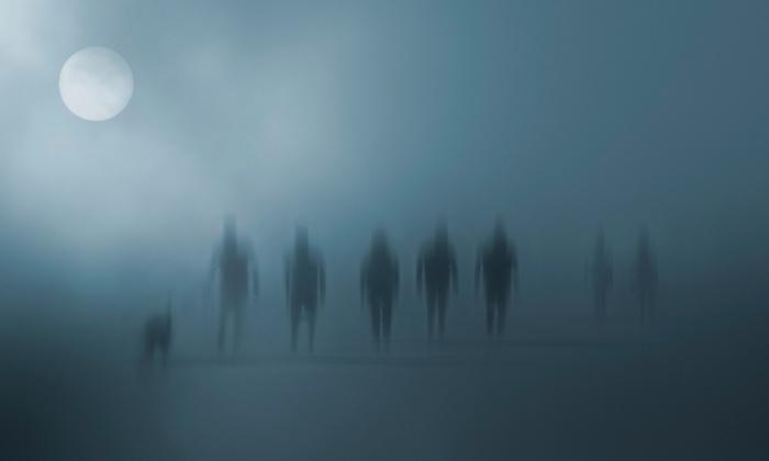 Salem Historical Tours - Downtown Salem: Haunted Footsteps Ghost Tour