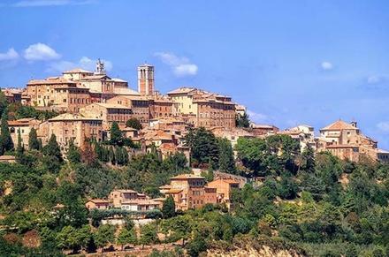 Tour della Toscana con degustazione di vini con partenza da Lucca