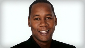 Tommy T's Comedy Steakhouse Pleasanton: Comedian Mark Curry at Tommy T's Comedy Steakhouse Pleasanton