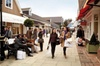 Skip the line at the shops Bicester Village 在商店里排队等候