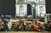Visite nocturne «vintage» de Paris sur un side-car avec Champagne...
