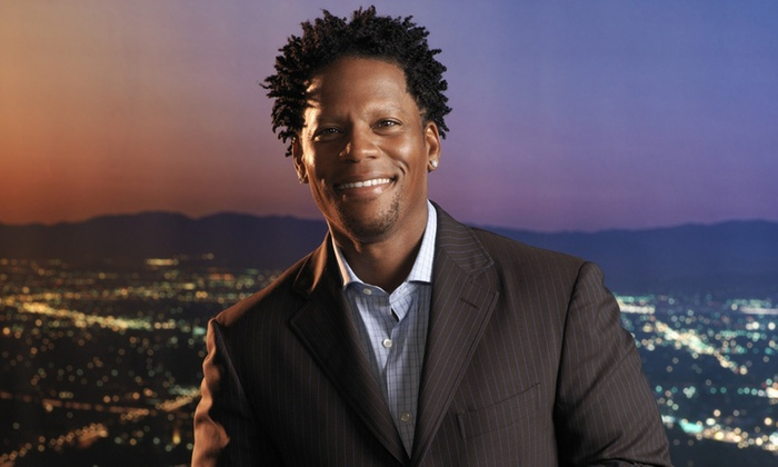 Tommy T's Comedy Steakhouse Pleasanton - Val Vista: Comedian D.L. Hughley at Tommy T's Comedy Steakhouse Pleasanton