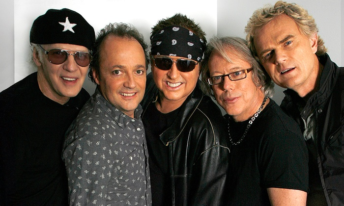 The Canyon - Los Angeles: Loverboy at The Canyon