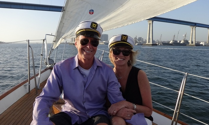 Yacht Jada - Midway District: Romantic Sunset Sail at Yacht Jada