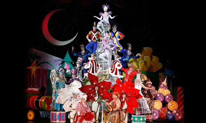 Orpheum Theatre - Copper Square: Cirque Dreams: Holidaze at Orpheum Theatre
