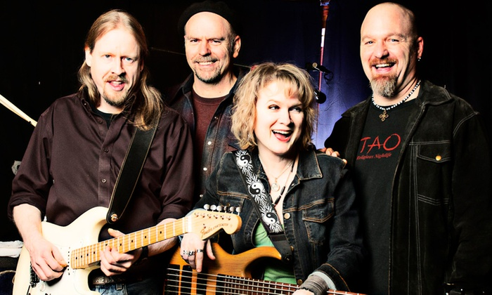 Highway 99 Blues Club - Pike Place  Market: Lisa Mann and Her Really Good Band at Highway 99 Blues Club
