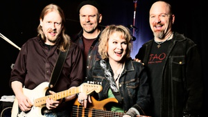 Highway 99 Blues Club: Lisa Mann and Her Really Good Band at Highway 99 Blues Club