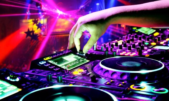 Hudson Grille - White Plains - White Plains: Patio Quiet Clubbing Party