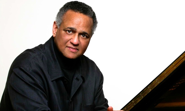The Broad Stage at the Santa Monica College Performing Arts Center - Mid-City: Pianist André Watts at The Broad Stage at the Santa Monica College Performing Arts Center